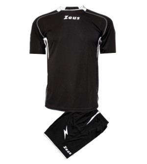 ΕΜΦΑΝΙΣΗ ΠΟΔΟΣΦΑΙΡΟΥ ZEUS SET SPARTA SHORT SLEEVE BLACK/WHITE